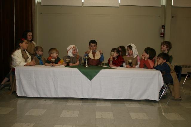 Children&Family-lastsupper